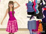 Play Dress Up A Slender Girl