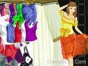 Play Shining At Night Dressup